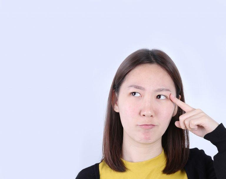 ทำตาสองชั้นแบบกรีดสั้น ล็อคสามจุด ได้ชั้นตาที่สวยเป็นธรรมชาติ เปลี่ยนสาวหมวยให้ตาสวยมีเสน่ห์มากขึ้น